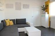 N49329_obývací pokoj