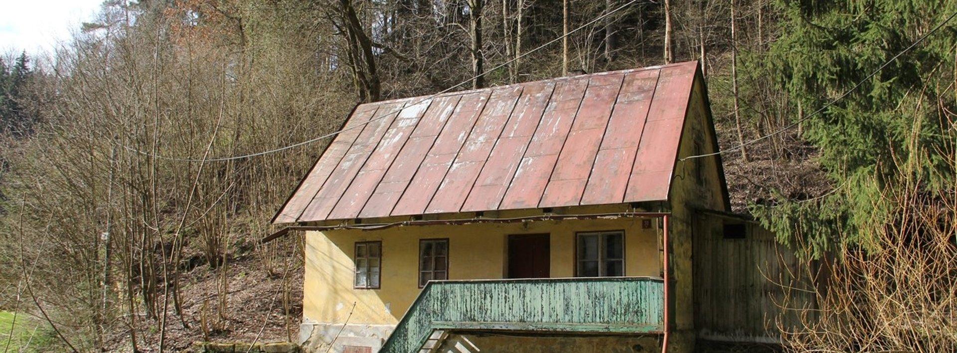 Prodej rodinného domu, 77m² k rekonstrukci, Ev.č.: N49369