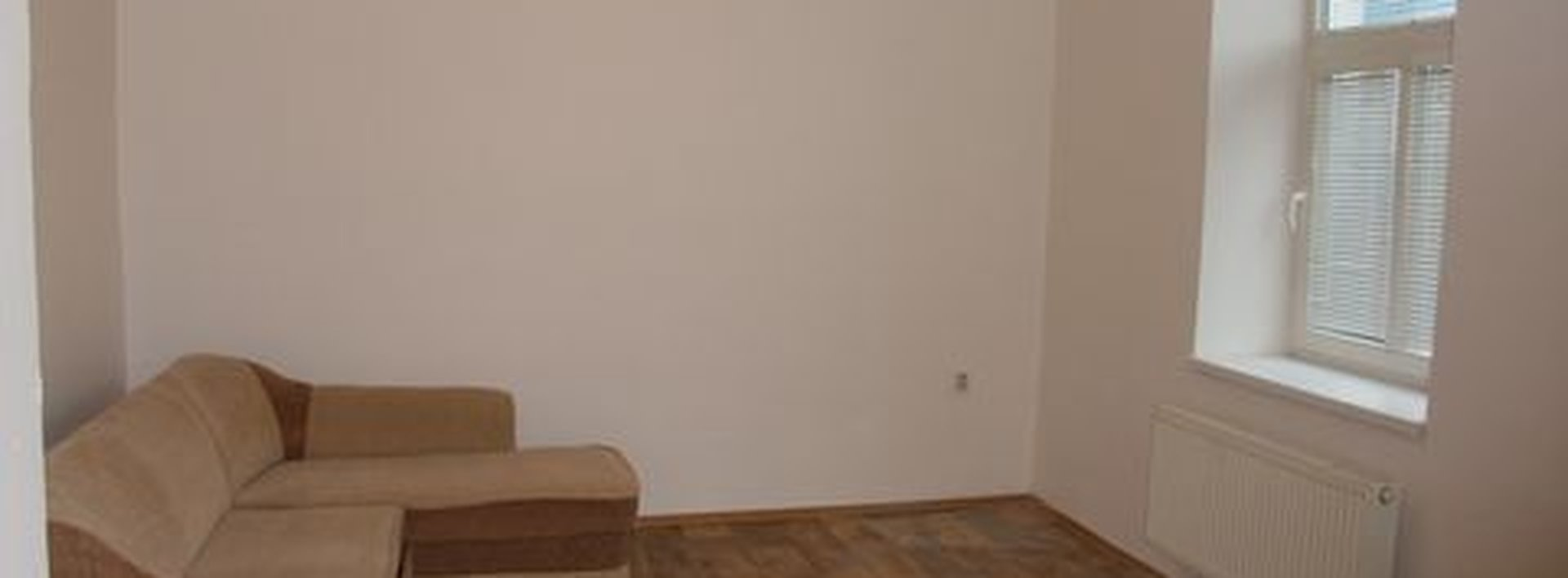 Zrekonstruovaný byt 1+kk v přízemí zděného bytového domu, Ev.č.: N46317
