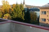 Výhled z balkónu.
