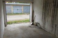 garaz zevnitr N46484_4