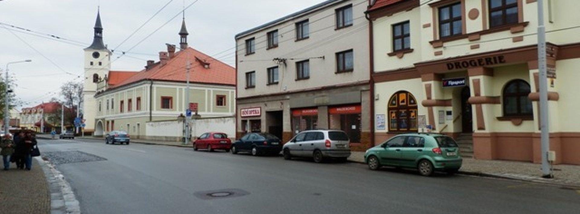 Pronájem prodejny na atraktivním, frekventovaném místě, 81m², Ev.č.: N46551