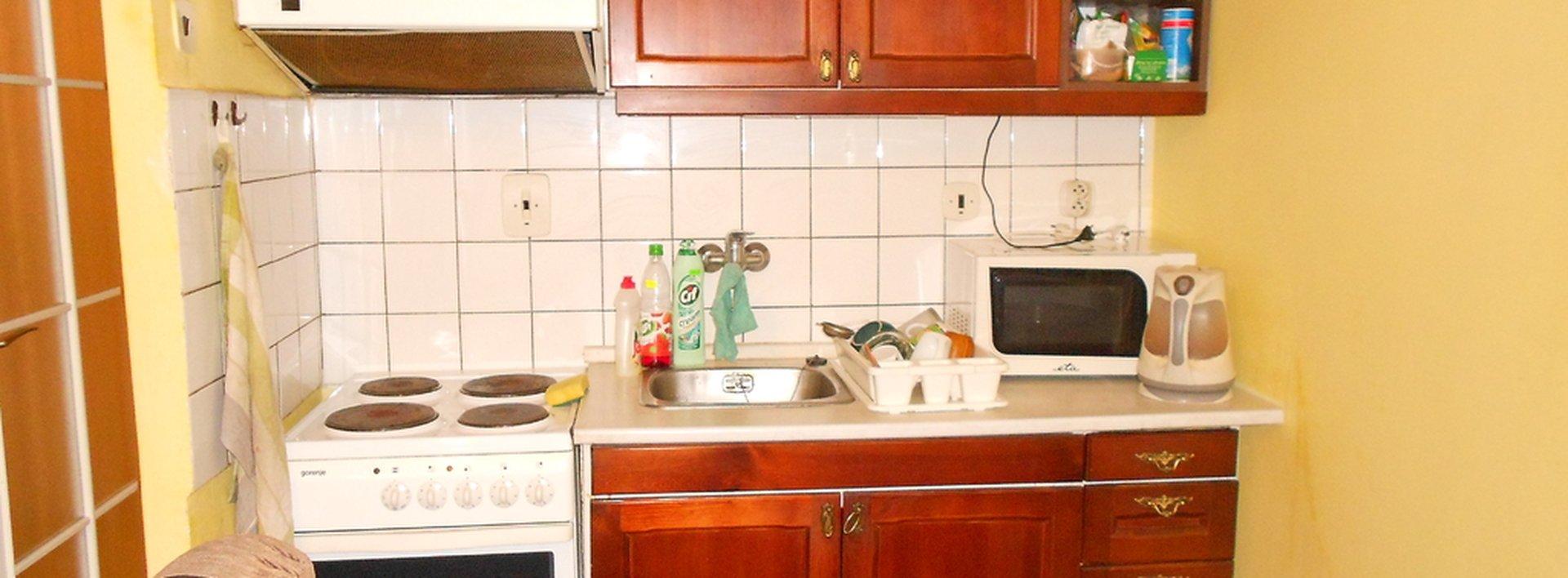 Pronájem zařízené garsonky s lodžií, Králův Háj, 34 m2, Ev.č.: N46562