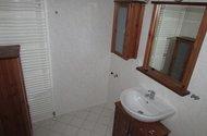 N46572_koupelnovz nábytek