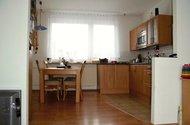 kuchyň s jídelnou