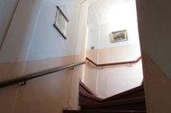 N46634_schody do 2.NP