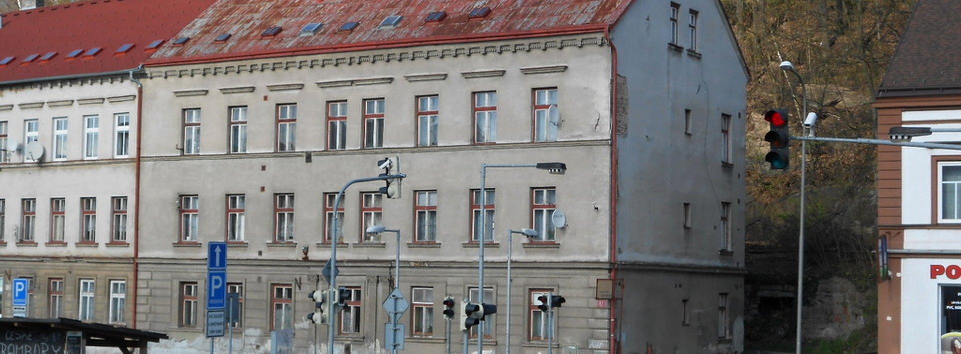 Nájemní dům v Rochlicích s 9 byty, Ev.č.: N46690