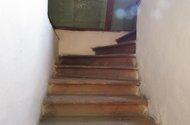 N46634-dřevěné schody na půdu