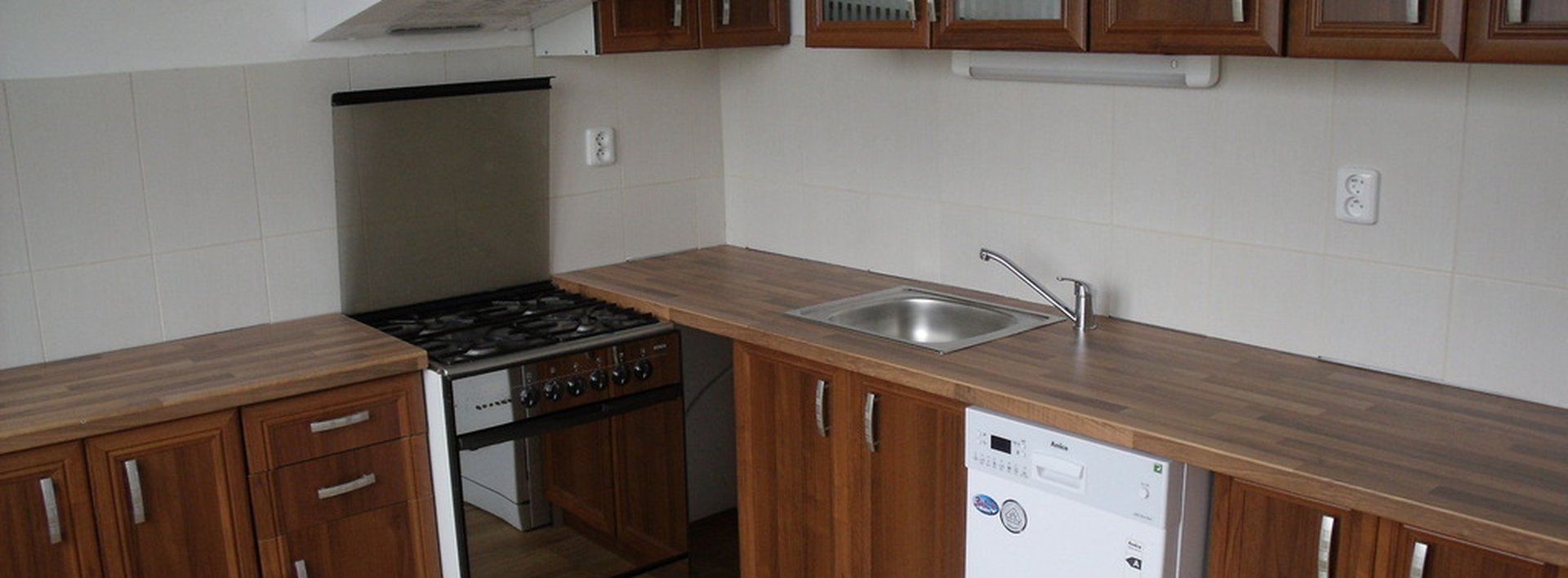 Pronájem hezkého, prostorného bytu 2+1/L a komorou, Liberec - Dolní Hanychov, Ev.č.: N46775