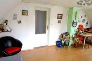 N46848_horní místnost s kuchyní