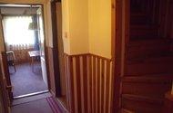 Chodba + schodiště
