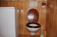 N46943_záchod