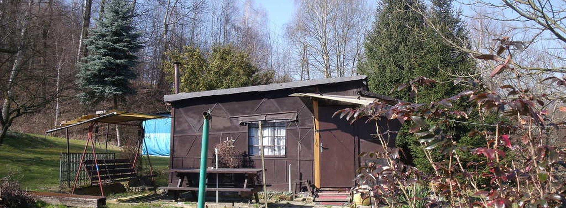 Prodej rekreační chaty s větším pozemkem v Hrádku n. N. - Donín, Ev.č.: N46949