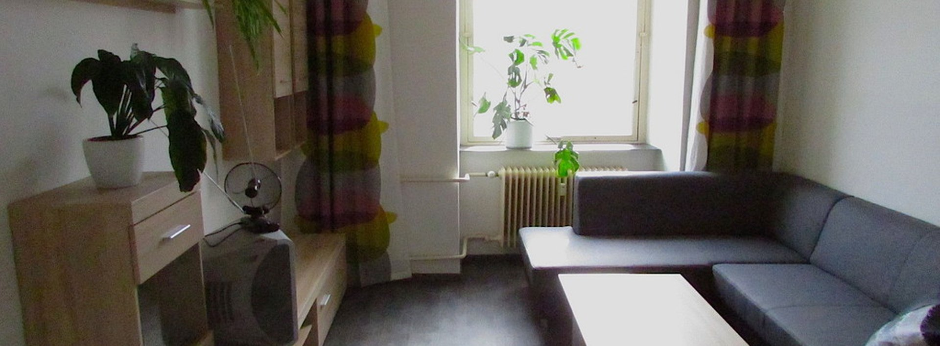 Pronájem zařízeného bytu 1+KK a šatnou v Jablonci, ul. Podhorská, Ev.č.: N47056
