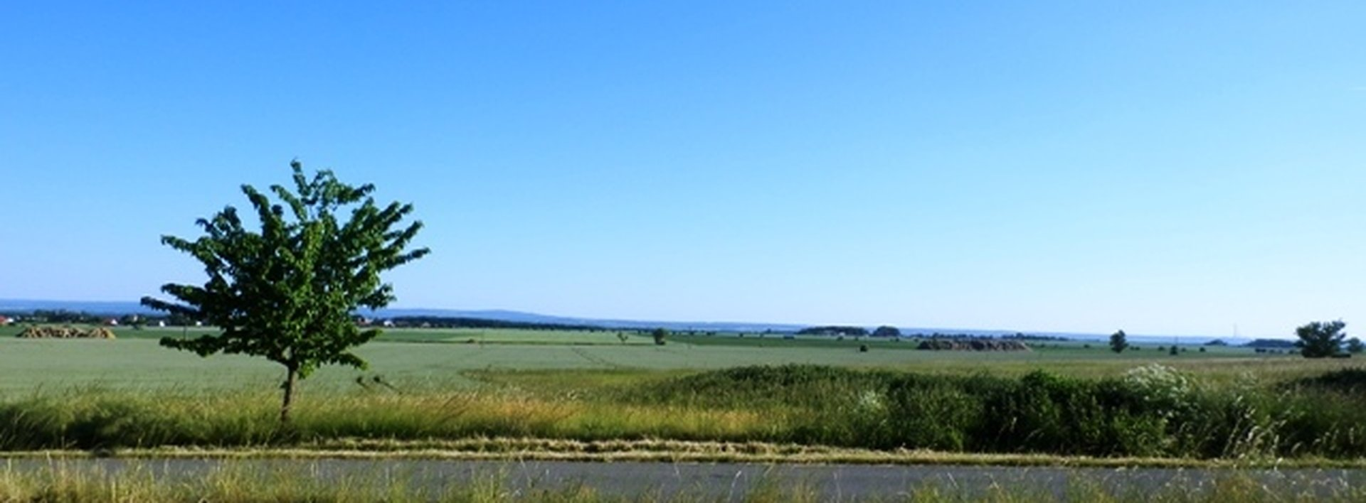 Slunný pozemek v klidném místě u Kasalic ( 980 m2), Ev.č.: N47067