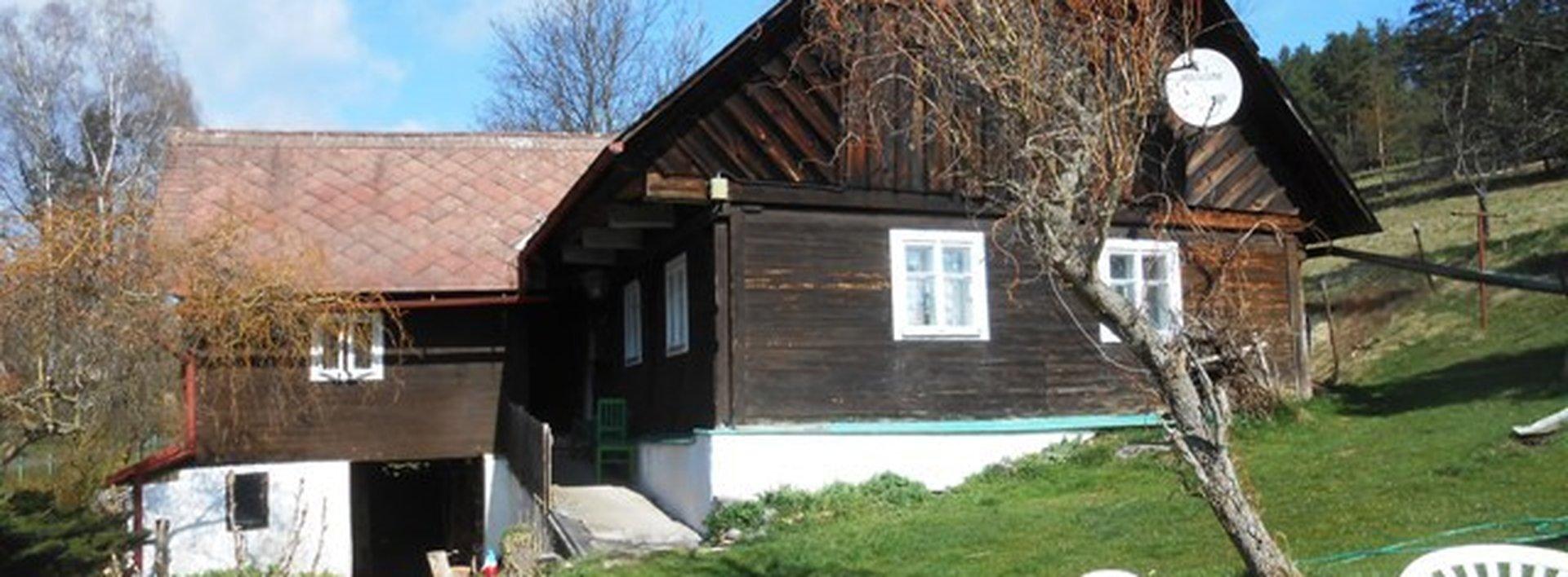 Prodej dřevěné chalupy k částečné rekonstrukci  s pozemky, Ev.č.: N47083