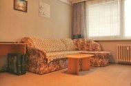 N47125_obývací pokoj_sedačka
