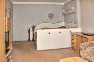 N47125_obývací pokoj