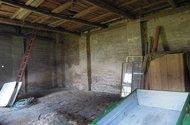 N47193, RD Dolní Roveň, stodola uvnitř