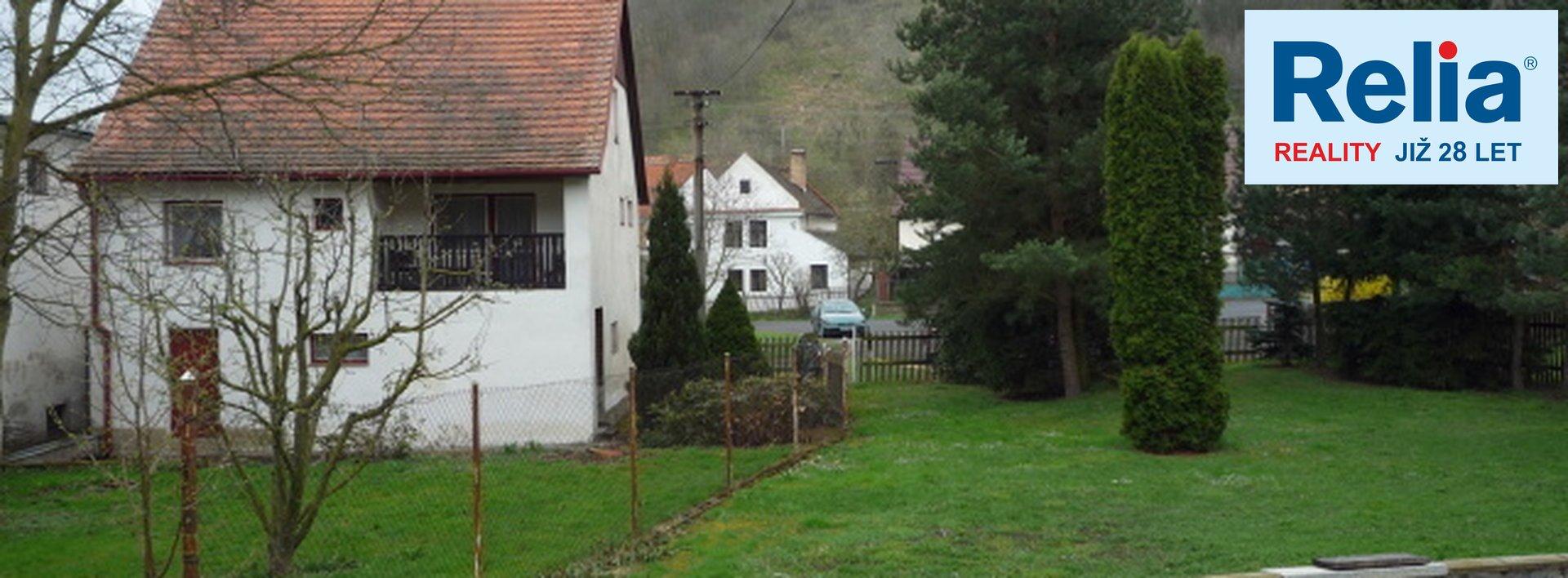 Nabízíme RD se stodolou, garáží a zahradou v obci Dvérce u Nepomyšle, /Podbořany/ 2593m2., Ev.č.: N47194