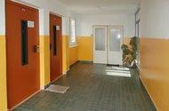 N47213_chodba výtah
