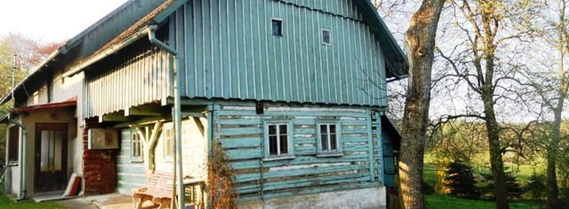 Prodej roubenky včetně stavebních pozemků, Ev.č.: N47220