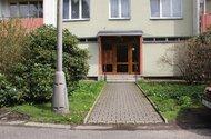 N47224_dům_vchod