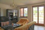 N47268_obývací pokoj_vstup na zahradu