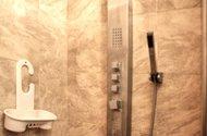 N47357_koupelna_masážní schrcha