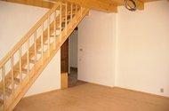 N47358_obývací pokoj