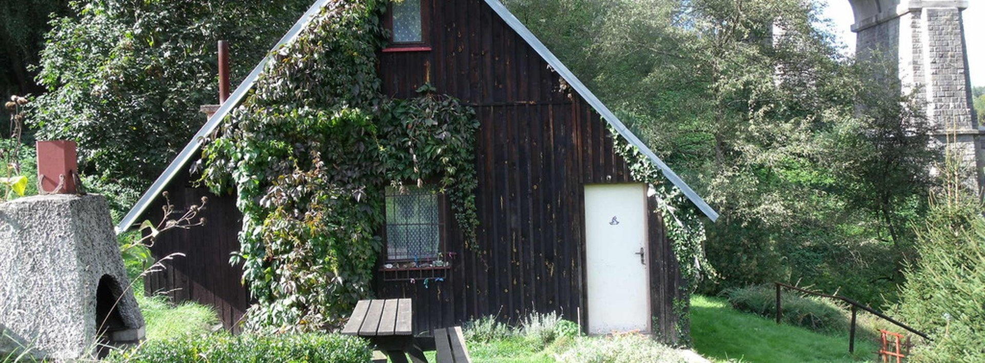 Prodej rekreační chaty u Sychrova - kouzelné, klidné místo, Ev.č.: N47415