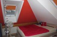 N47491_pokoj v podkroví 2...