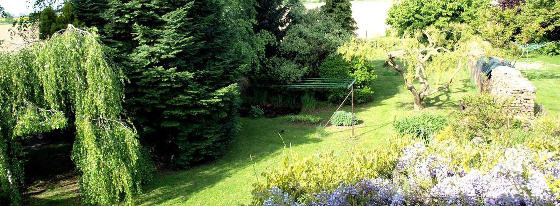Rodinný dům na konci Svobodných Dvorů (součást Hradce Králové) 1199 m2, Ev.č.: N47530