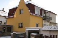 N47552_dům z ulice