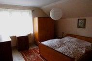 N47568_ložnice v patře