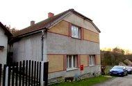 N47568_dům ze zadu ze silnice