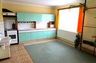 N47568_kuchyně v patře