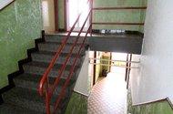 N47568_schodiště do patra