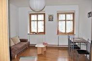 N47580_2NP_2kk_obývací pokoj