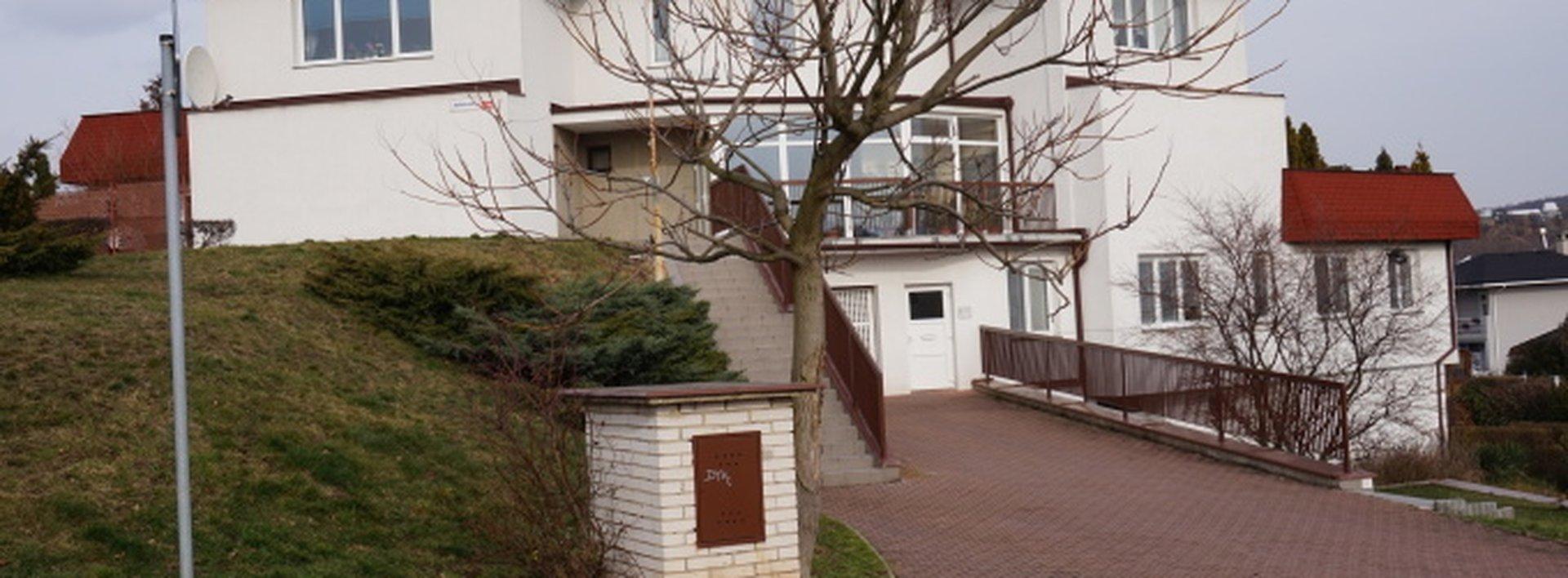 Prodej bytu Teplice - Bořivojova 4+1,  se zahradou, terasou a garáží cca. 200m2, Ev.č.: N47593