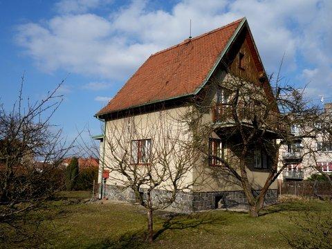Koupě domu Lázně Bohdaneč