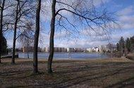 Nedaleko Jablonecká přehrada