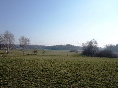 Prodej výjimečného pozemku na okraji Podůlšan