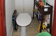 N47629_toaleta