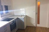 N47638_kuchyň vstup do pokoje