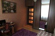 N47641_pokoj s vest. skříněmi
