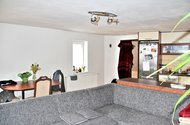 N47643_pohled_obývací část_kuchyně