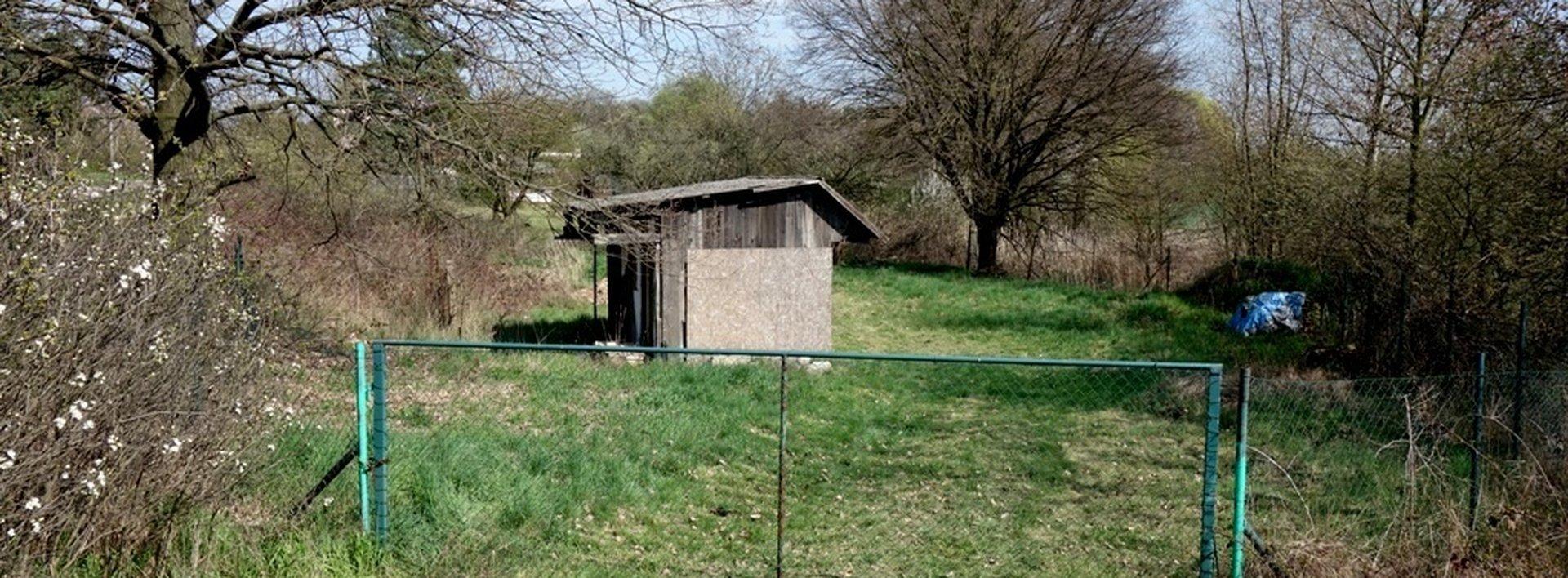Krásný pozemek s výhledem do polí v Černé u Bohdanče,1242 m², Ev.č.: N47658