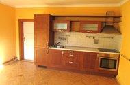 N47679_kuchyňská linka