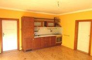 N47679_pokoj,kuchyňská linka
